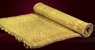 Handmade grass yoga mat