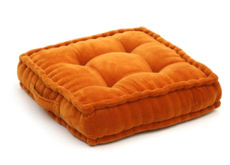 orange velour-effect seat cushion, memory foam, non-slip backrest, durable fabric, superior comfort and softness, reduces pressure and body contours, washable.