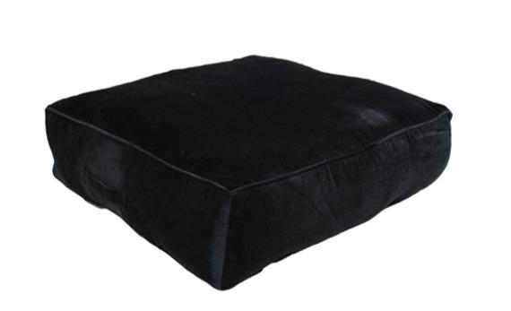 black memory foam cushion, non-slip backrest, durable fabric, superior comfort and softness, reduces pressure and body contours, washable.